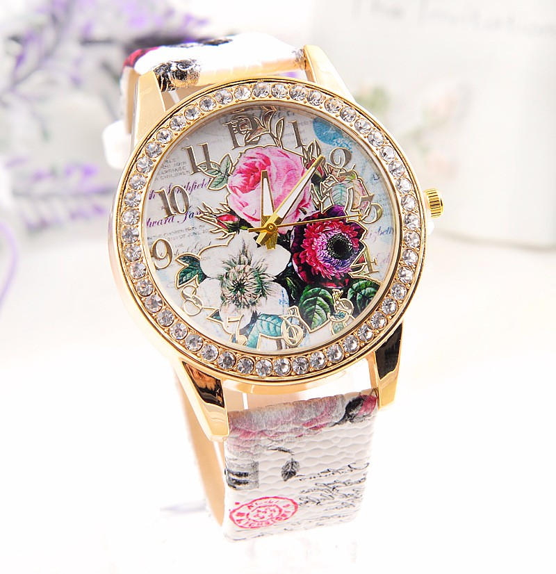 Pigūs didmeniniai laikrodžiai, populiariausi vyriškų ir moteriškų prabangių kvarcinių laikrodžių laikrodžiai, odiniai dirželiai, laikrodžiai, 100PCS / LOT
