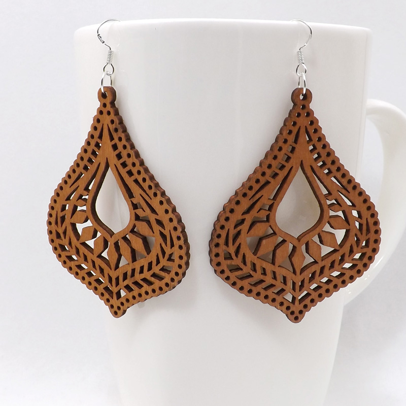 Us 1 41 15 Off Qiaohe Pair Good Quality Wood Earrings Organic Brown Hollow African Woman Wooden Brincos Pendant 5x6 8cm 2x2 7 E58 In Drop