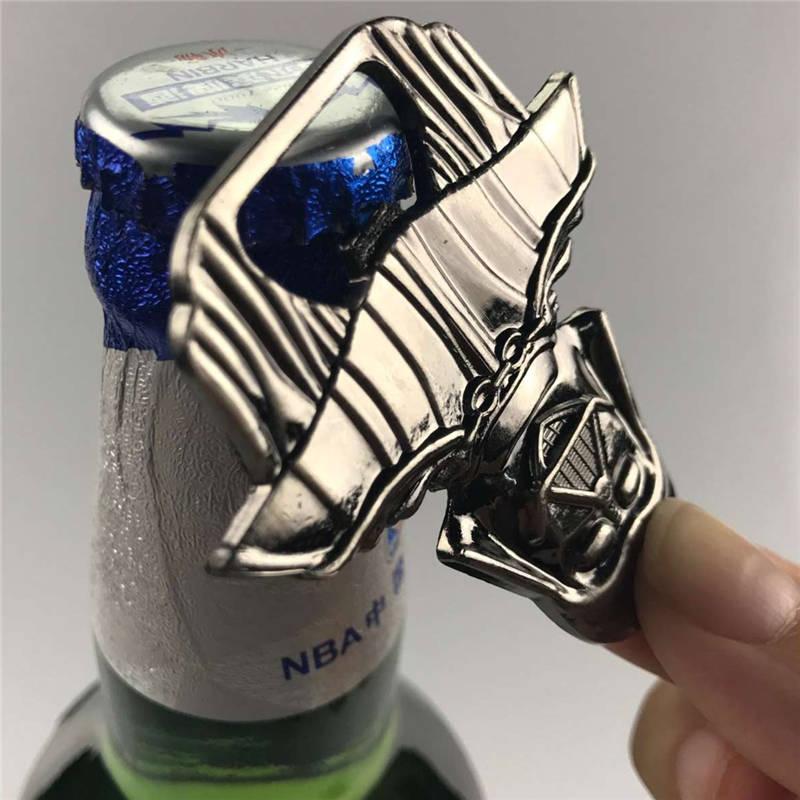 BornIsKing Køkken Gadgets Spise & Bar Madlavning Værktøj Star Wars Bottle Millennium Falcon Bar Åbner til Øl