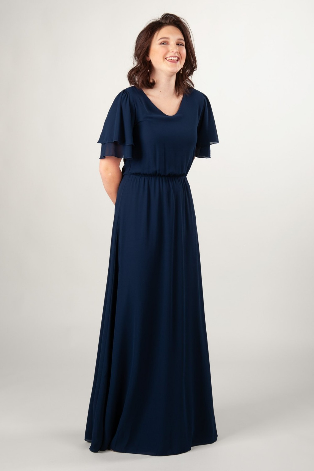 Dark Navy Blue Chiffon A-line Modest   Bridesmaid     Dresses   With Flutter Sleeves Long Floor Length Summer Boho   Bridesmaid     Dress