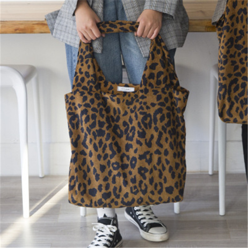 PGOLEGGY New Women Leopard Print Shoulder Bags Fashion Large Capacity Tote Bags Portable Shopping Packs Leopard Print Cloth Bag