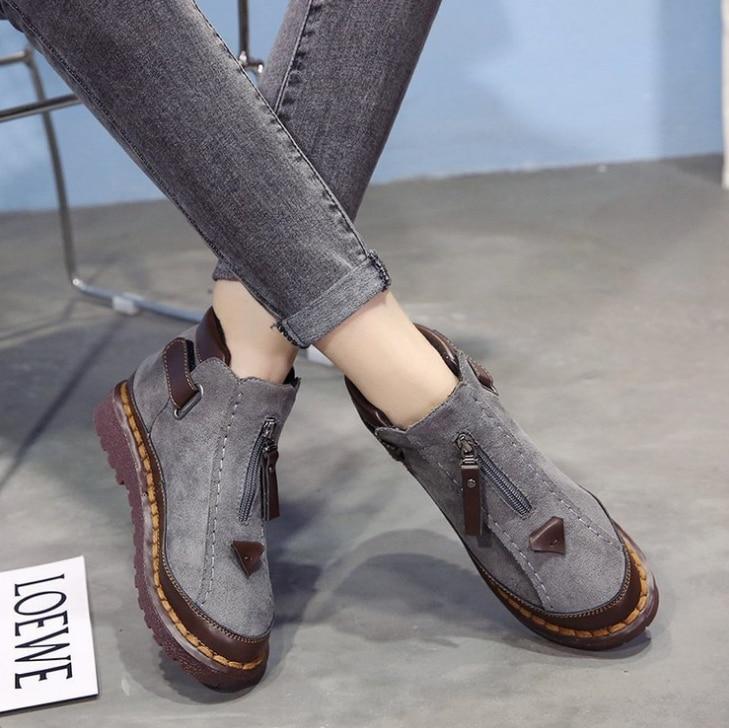 HUANQIU Patik kadın 2018 sonbahar/kış Chelsea çizmeler kadın kalın dipli Büyük boy 36-43 Brock düz çizmeler ZLL624