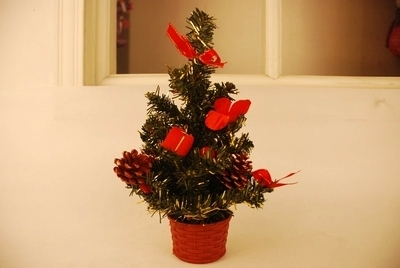 christmas decorations desk mini christmas trees contain basin and widgets miniature christmas tree 25 cm tall - Miniature Christmas Decorations