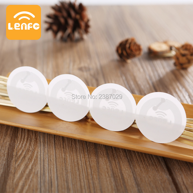 Adhesive 13.56mhz Round Coin Cheap RFID MINI NFC Tag RFID Smart Label for Galaxy Note 3 from Factory