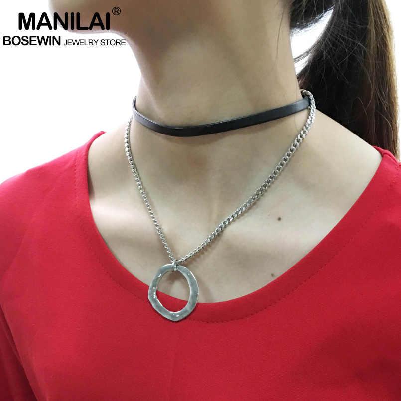 MANILAI Moda Couro Preto Cor Prata Pingentes Colares Mulheres Bib Colar de Metal Simples Em Camadas Maxi Colar Gargantilha Jóias