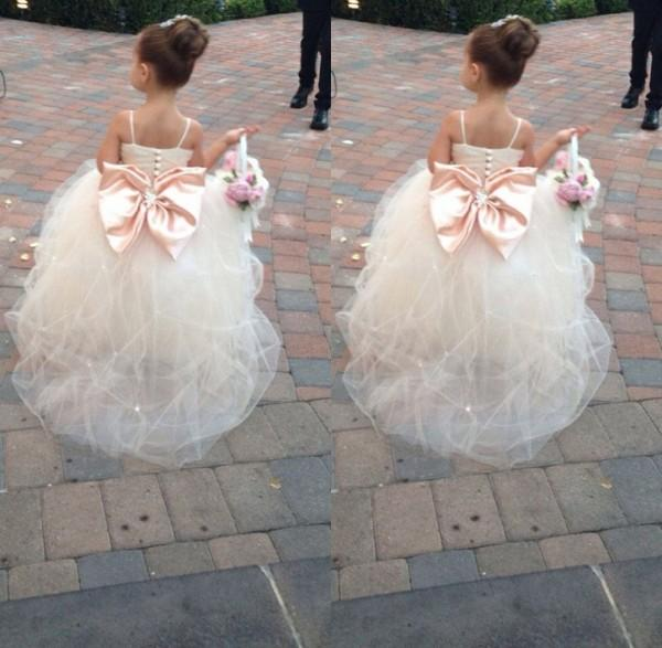 2019 High Quality Sweet White Pink   Flower     Girl     Dresses   Back with large Bow Ball Gown   Dresses   Pageant   Dresses   for Little   Girls