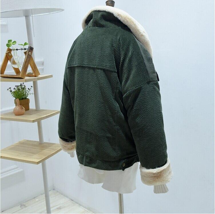 HTB1gDaHdtHO8KJjSZFtq6AhfXXaO woman Loose Corduroy Jacket Women New Thick Winter lambswool Jackets Ladies Cute Outerwear Coat Warm Parka Female