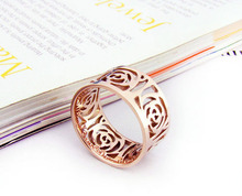 Fashion Elegant high quality beautiful Special design Hollow Flowers Rose Gold stainless steel Women Ring Best friend gift