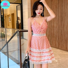 2019 summer new openwork lace stitching embroidered strap sexy umbilical beach A word dress female