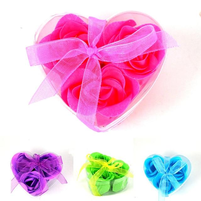 Случайный Цвет Роуз Лепесток Форма Цветочная Купаться Мини Мыло с Сердце Box Свадебные Подарки