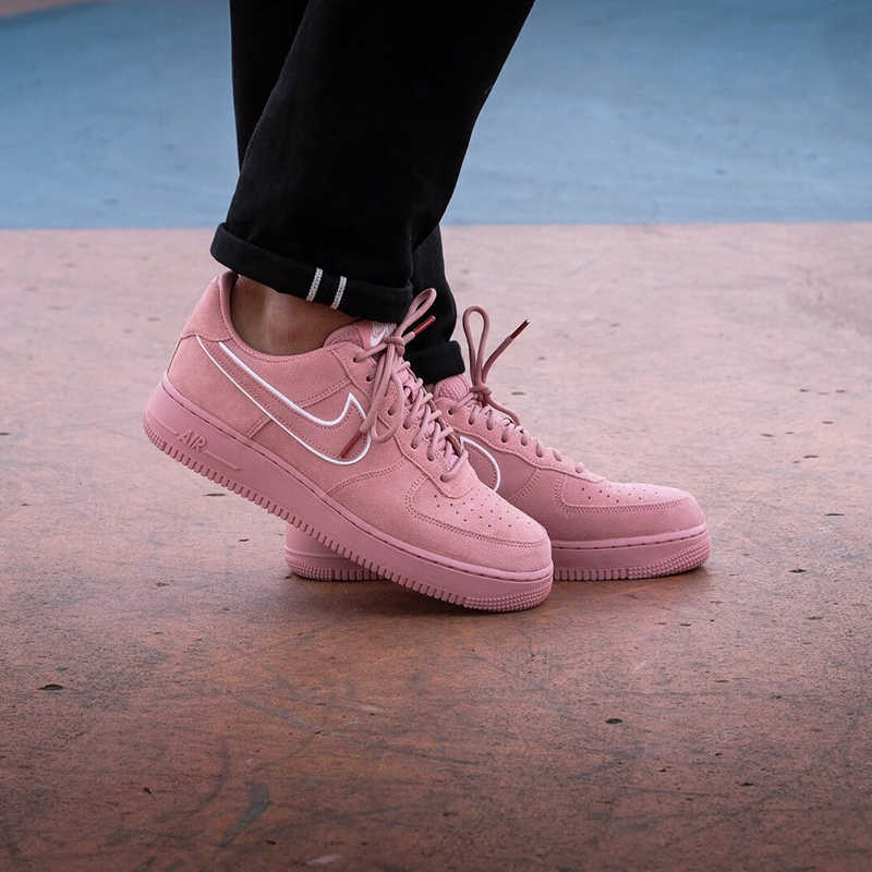 Original Authentic Nike Air Force 1 07 LV8 Suede Women's Skateboarding Shoes Sneakers Designer 2018 New Arrival AA1117 601
