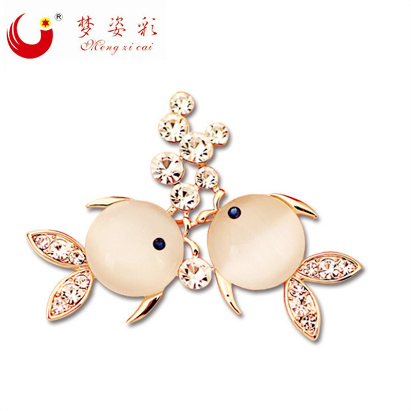 MZC Fashion Jewelry Rhinestone Brooch Bouquet Party Broches Crystal Fish Opals Brooches Pins women broaches Collar Brooch