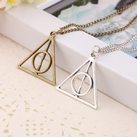 2017 European Fashion Retro Geometric Triangle Pendant Necklace Collar Collar Double Personality Simple Wholesale
