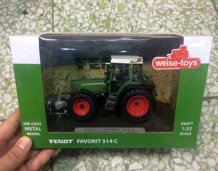 Weise-toys 1/32 Scale Die-Cast Metal Model FENDT FAVORIT 514 C weise toys 1 32 scale die cast metal model 1035 spark t4i c shift