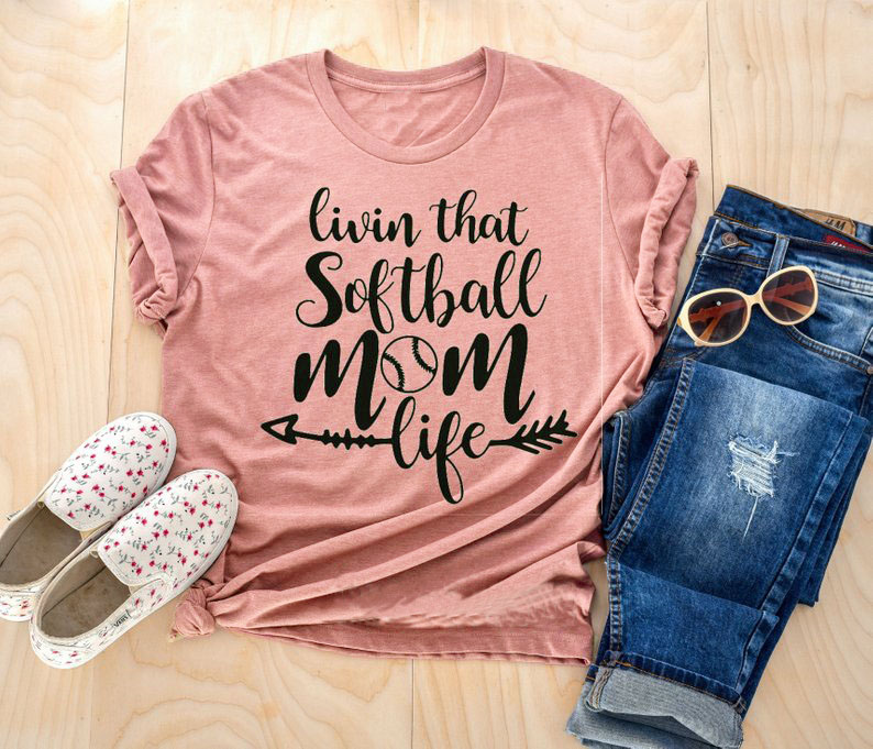 livin that softball mom life T-Shirt softball mom arrow graphic tee casual mama life softball lover grunge t shirt quote tops