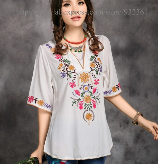 Vintage 70s Mexican Ethnic Flower Embroidery T Shirt Women Tops BOHO Loose