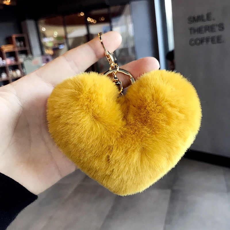 อินเทรนด์หัวใจ Pom Pom Keychain Fluffy Faux กระต่ายขน Pompom พวงกุญแจผู้หญิงกระเป๋า Charms Trinket อุปกรณ์เสริมพวงกุญแจ Llavero
