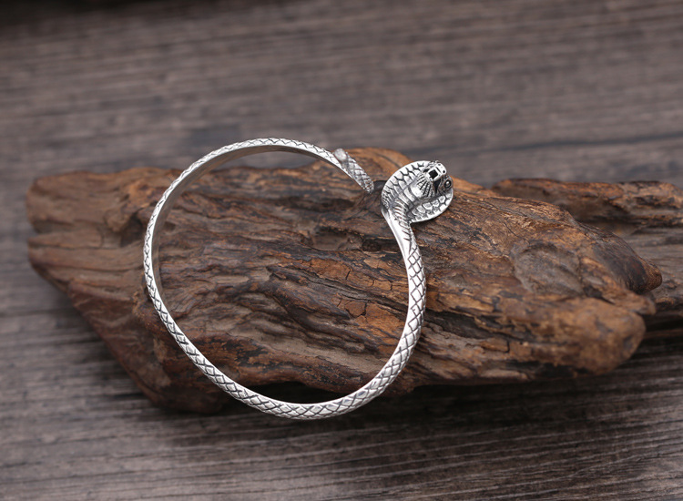 100 Real 925 Sterling Silver Cobra Bangle for women Turkish Vintage Snake Shape Bracelet Bangle Fashion Jewelry Birthday Gifts in Bangles from Jewelry Accessories