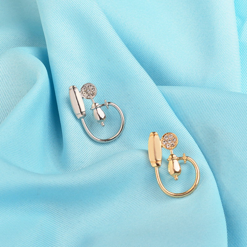 Doctor Nurse Creative Golden Silver Blood Pressure Monitor Rhinestone Stethoscope Metal Charm Brooch Dress Trendy Jewelry Gift