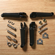 Black Front Rear Footrests Foot Pegs For Yamaha YZF R1 2002-2012 YZF R6 2003-2011 недорго, оригинальная цена