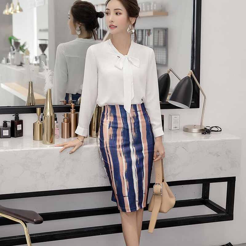 ee517cf1c7c94 2018 new Style Women Skirts Vintage Printed Pencil Skirt Knee Length  Elastic High Waist Ladies Pattern Slim Skirts S 5XL-in Skirts from Women s  Clothing on ...