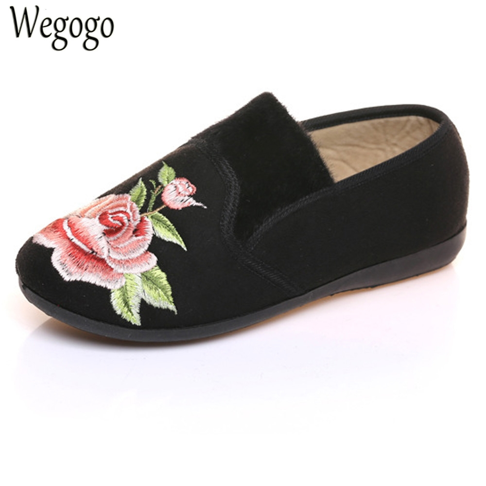 Women Flats Shoes Cotton Velvet Warm Winter Floral Embroidered Cloth Slip On Ballets Soft Black Red Shoes Woman Sapato Feminino nasa insignia embroidered cotton twill cap red