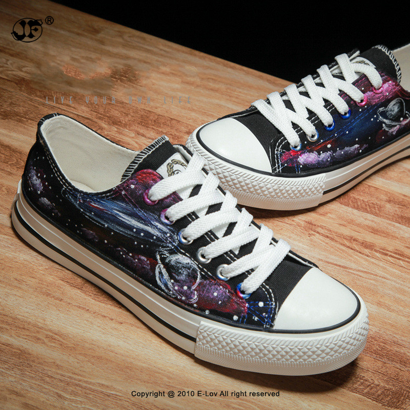 High end hand painted Star canvas BoysFashion man Classic Flat Shoes Breathable Canvas Shoes Mens Trainers Flats Casual ShoesMen