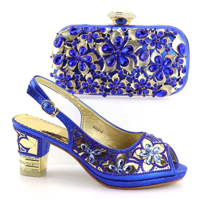 Hot sale royal blue women pumps and bag set with big crystal flower pattern african shoes match handbag set for dress V5683-5 hot sale ethnic floral pattern pashmina for women