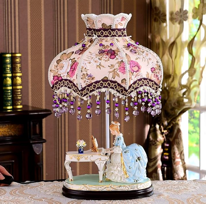 Moden Art Deco Table Lamp Bedside Table Lamp for Bedroom Salon Living Room Creative Elegant Girl Playing Piano Desk Desktop Lamp