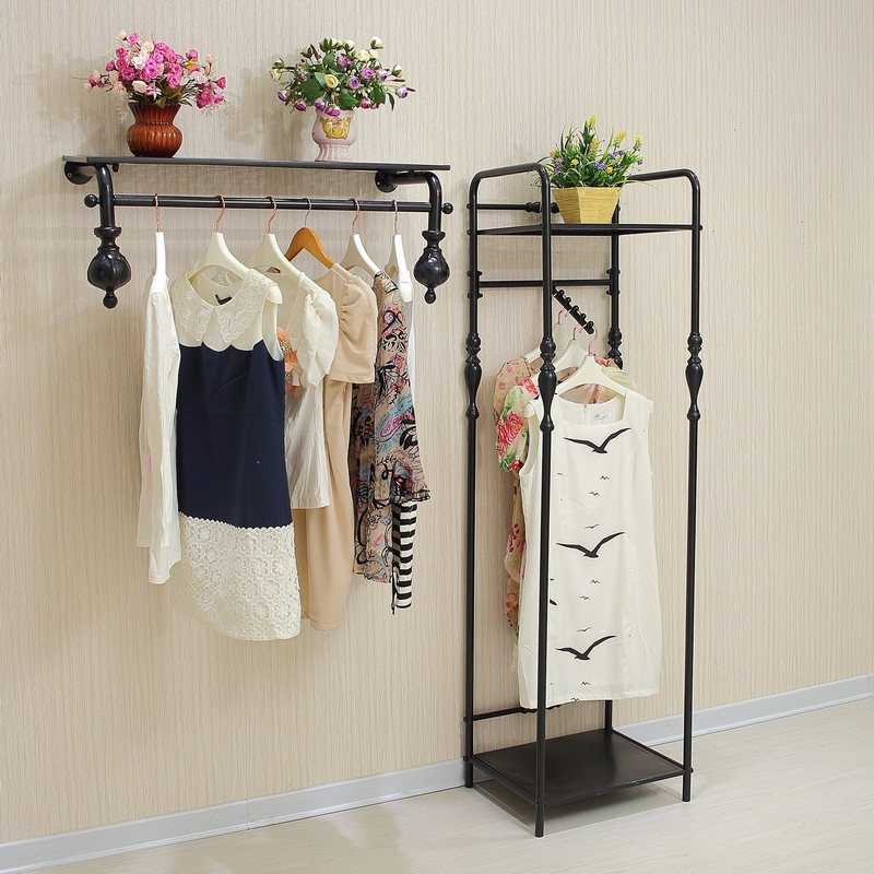 High End Vintage Clothing Rack Clothing Store Shelf