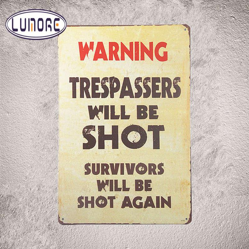Металлический Олово Знаки Предупреждение нарушителей будет выстрел с наклейками Декор Утюг бляшек J146