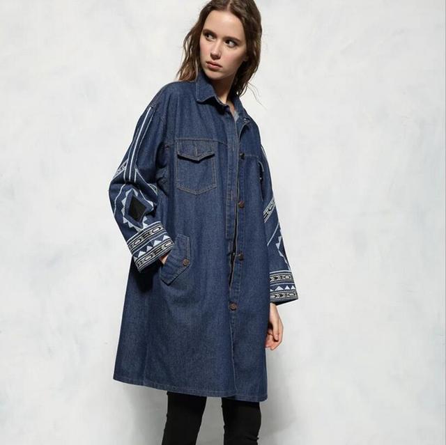 Diseño de la vendimia 2017 nueva primavera otoño suelta bordados Pantalones Vaqueros largos trinchera mujeres de la capa de mezclilla de gran tamaño outwear abrigo S332