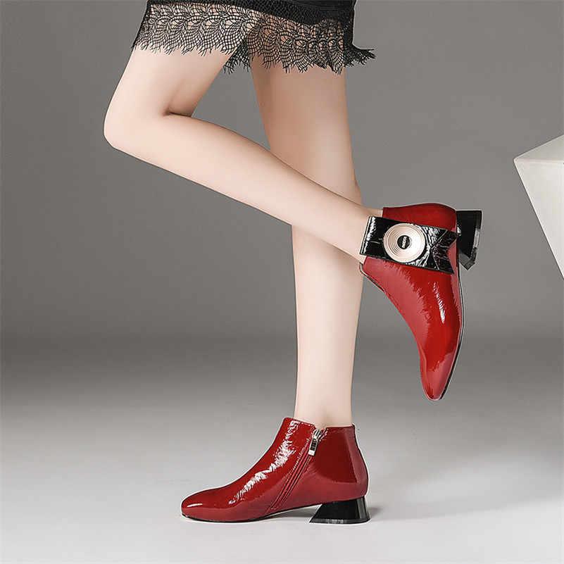 Женские лакированные ботинки FEDONAS, черно-красные кожаные ботинки до щиколотки на высоких грубых каблуках, обувь на осень и зиму 2019