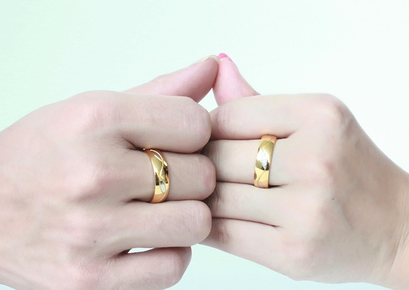 High Quality Couple Rings for Women Men Cubic Zirconia Wedding