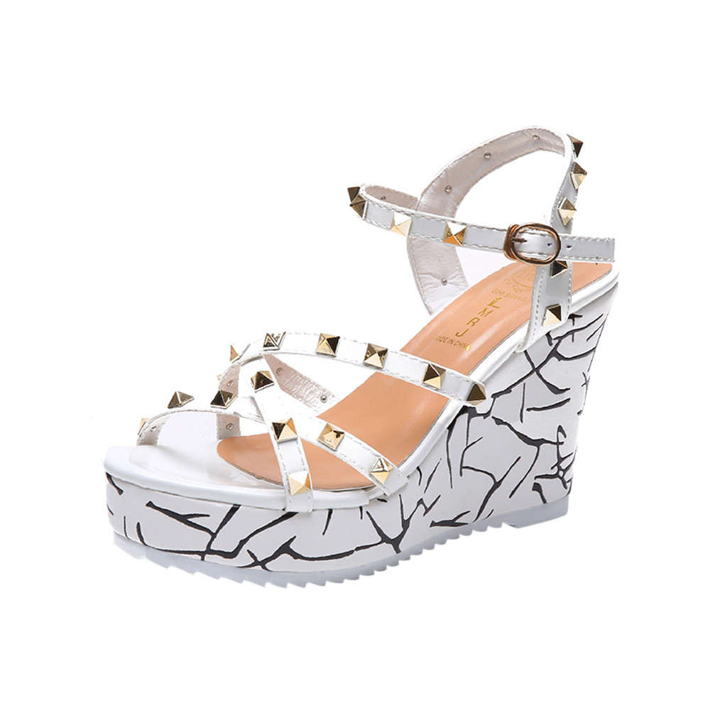 Zapatos Mujer 2018 Shoes Woman Sandals Wedge Summer Lady Fashion High Heels Sandals Elegant Rivets Women Shoes Platform Wedges 11
