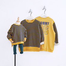 Family Look Autumn Family Matching Outfits T Shirt Mother Daughter Striped Hoodies Dad Mom Baby Family Suit Father Son Clothes matching family outfits print ruffle t shirt fishtail skirt suit mother daughter dress suit family matching clothes for kids 14t