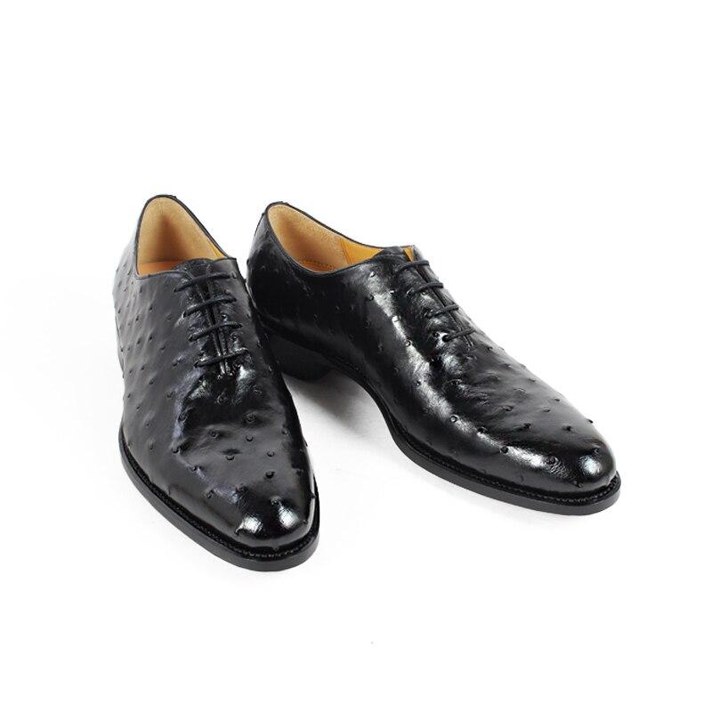 Ayakk.'ten Resmi Ayakkabılar'de Vikeduo 2019 Sıcak El Yapımı Marka Tasarımcısı siyah ayakkabı Moda Parti Düğün Devekuşu Erkek Elbise Hakiki Deri Erkek Oxford Ayakkabı'da  Grup 3
