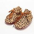 Hecho a mano de Cuero del pelo del Caballo zapatos de Bebé con cordones Mocasines Bebé Bebe Leopardo inferior Suave zapatos recién nacidos Primeros caminantes