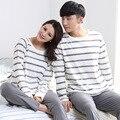 La primavera y el otoño de algodón de manga larga pijama de rayas grises hombres y mujeres moda casual sólido de algodón se puede usar servicio a domicilio