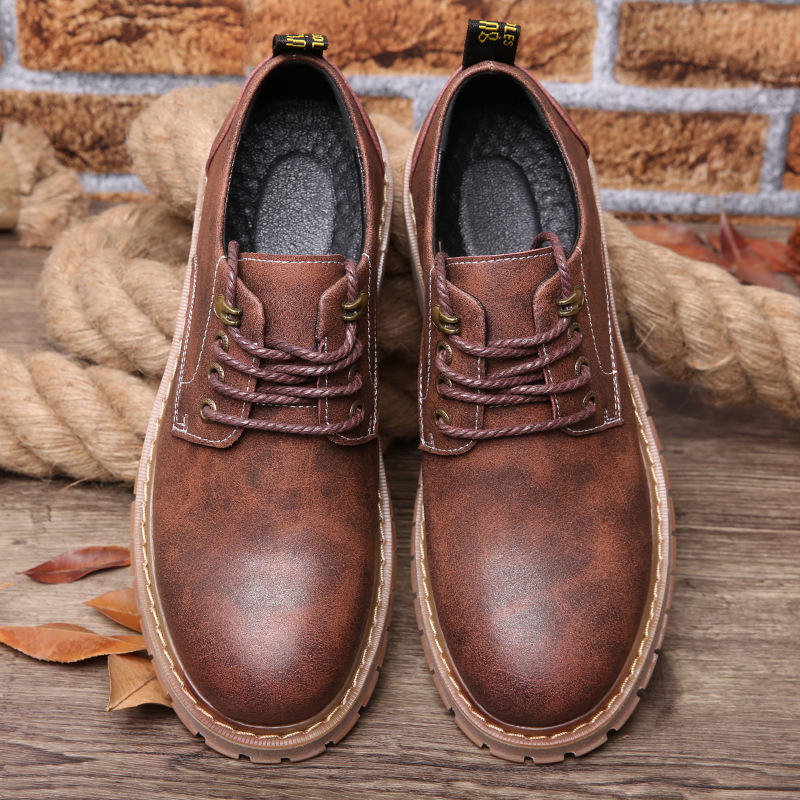 Fashion Spring 2017 New Men's Casual Shoes Low To Help Boots Round Leather Shoes Thick Bottom Tooling Waterproof Single Shoes iverson basketball shoes male adolescents spring low help iverson war boots light wear antiskid sports shoes