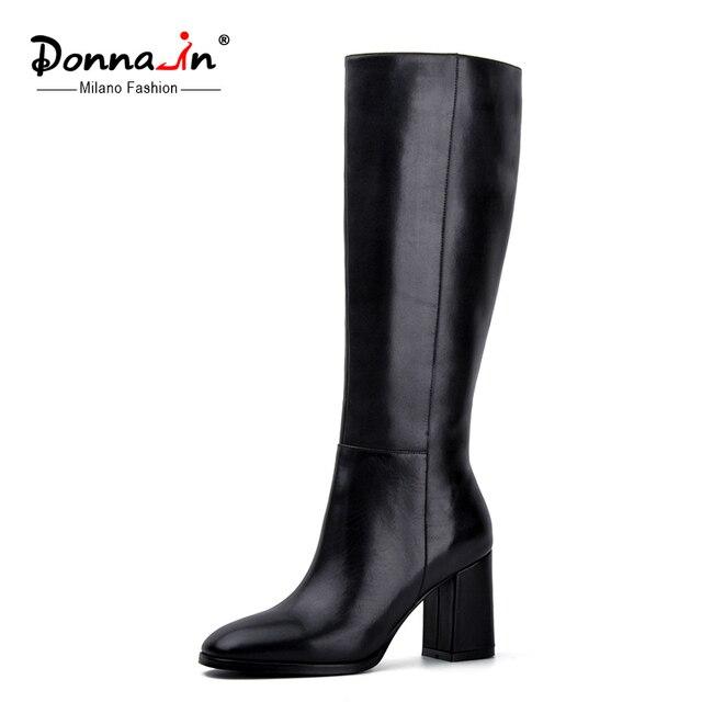 ドナ-エレガントなスクエアトゥハイヒールの本革の女性は厚い内部ハイヒールの女性の靴ジッパー膝ブーツ