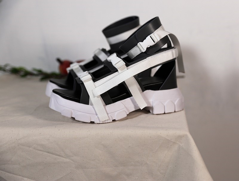 fda9ef71f209 Women Gladiator Platform Sandals Ankle Strap Buckle Flats Summer Shoes  Women Fashion Punk Ladies Sandalias Mujer Stilettos-in Middle Heels from  Shoes on ...
