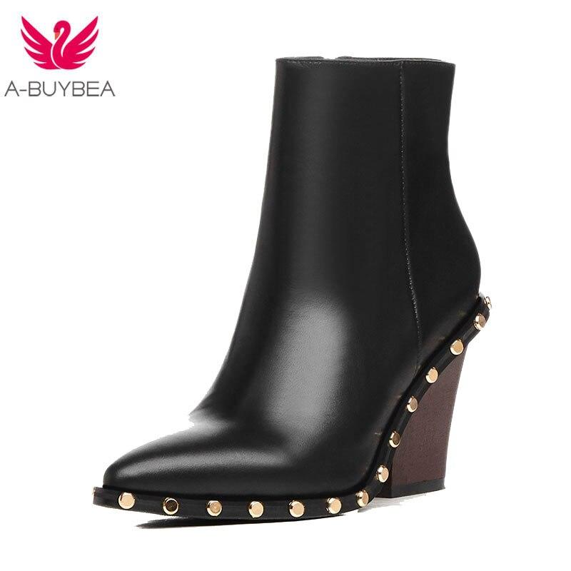Bottines en cuir véritable pour femmes marque de luxe or Rivet haut talon femmes bottes en cuir femmes Autunm/hiver bottes noires