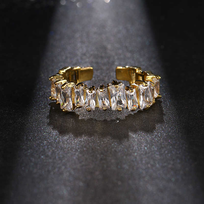 EMMAYA ใหม่แฟชั่นผู้หญิงงานแต่งงานเครื่องประดับ Gold สีหมั้นแหวนผู้หญิง CZ หินประดับแหวน