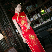 2016 New Red Embroidery Elegant Sexy Vintage Chinese Traditional Long Slim Bodycon Qipao Wedding Dress Chinese