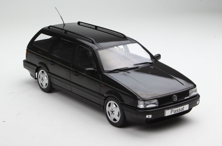 High simulation 1:18 Volkswagen VW Passat Passat B3 Travel Edition 1988,metal castings collection toy vehicles, free shipping high simulation 1 18 advanced alloy car model volkswagen golf gti 1983 metal castings collection toy vehicles free shipping
