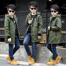 Children's clothing boy's long coat plus velvet thickening autumn and winter coat boys boys Korean version of the handsome coat