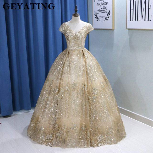 Sparkling Sequins Gold Wedding Dress 2019 Saudi Arabic V-neck Cap Sleeve Ball Gown Bling Bridal Gowns Free Shipping Floor Length