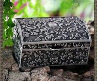 Hazine sandığı şeklinde gizemli Helios çiçekli oymalı metal mücevher kutusu hatıra hatıra belirteç kutu harf 2124