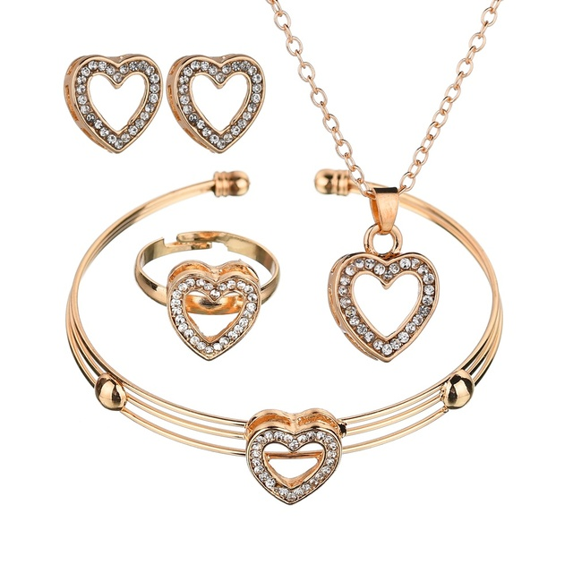 Cute Heart Shaped Neclace Earrings Set